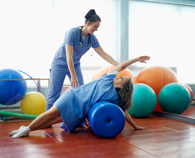 ЛФК при гастрите: комплекс упражнений для лечения и вне стадии обострения